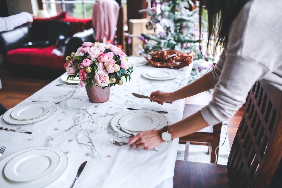 How to be the best hostess